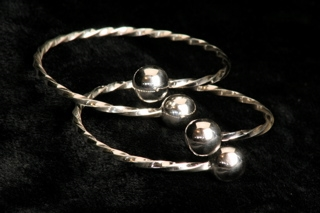 2mm Twisted Wire Bangle- single