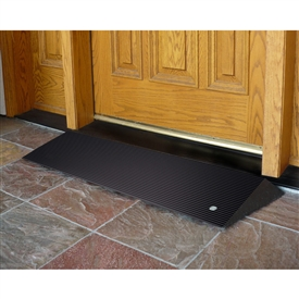 EZ-ACCESS Rubber Threshold Ramp with Beveled Edges
