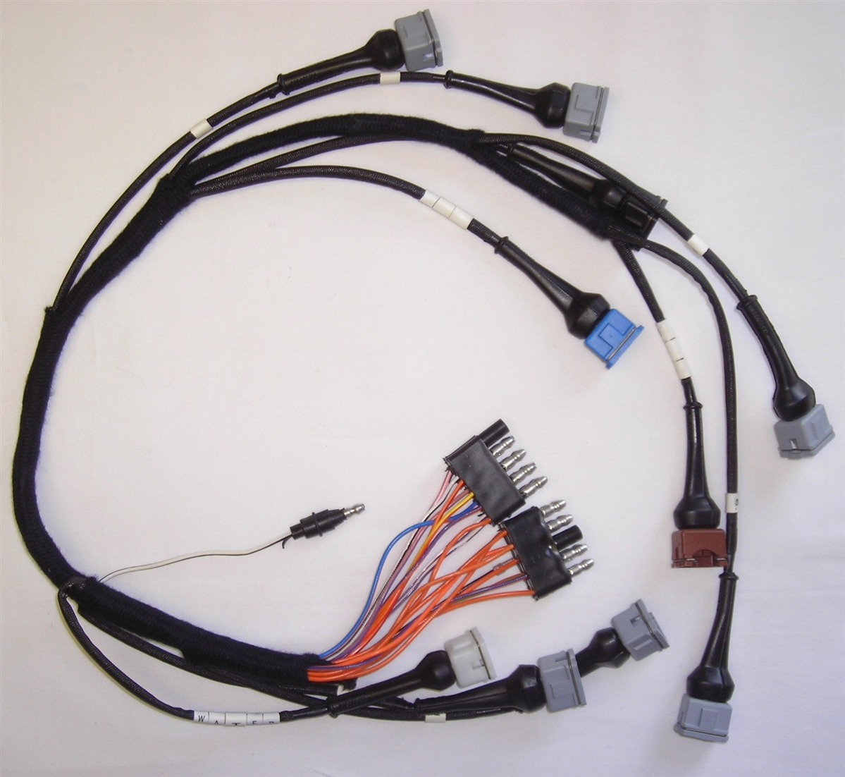 XJ6311 2?1403006000 jaguar series 3 xj6 fuel injection harness jaguar wiring harness at fashall.co
