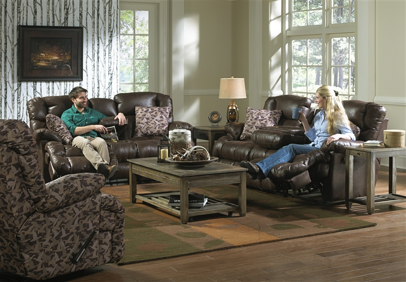 Duck Dynasty Cedar Creek 2 Piece Reclining Set In Sable Leather With Duck Camo Fabric Pillows By