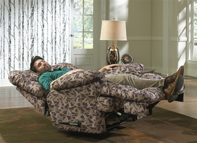 Duck Dynasty Cedar Creek Power Lay Flat Reclining Sofa With Drop Down Table In Sable Leather