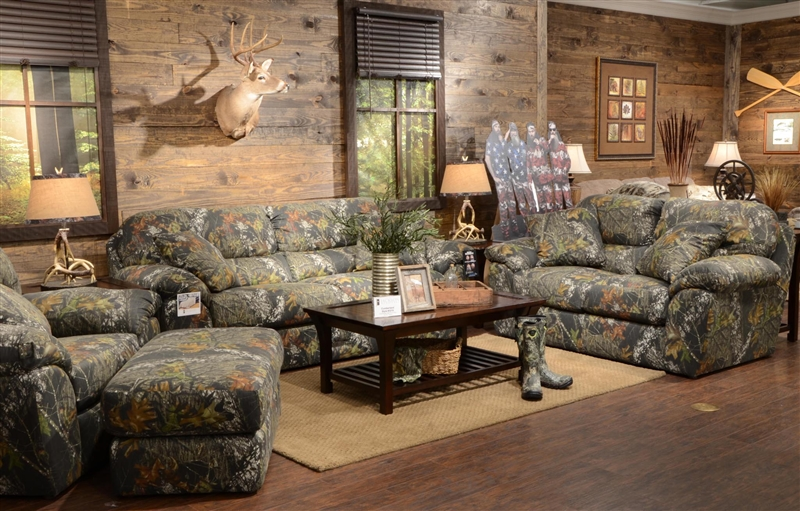 Cumberland Oversized Chair In Mossy Oak Or Realtree Camouflage Fabric By Jack