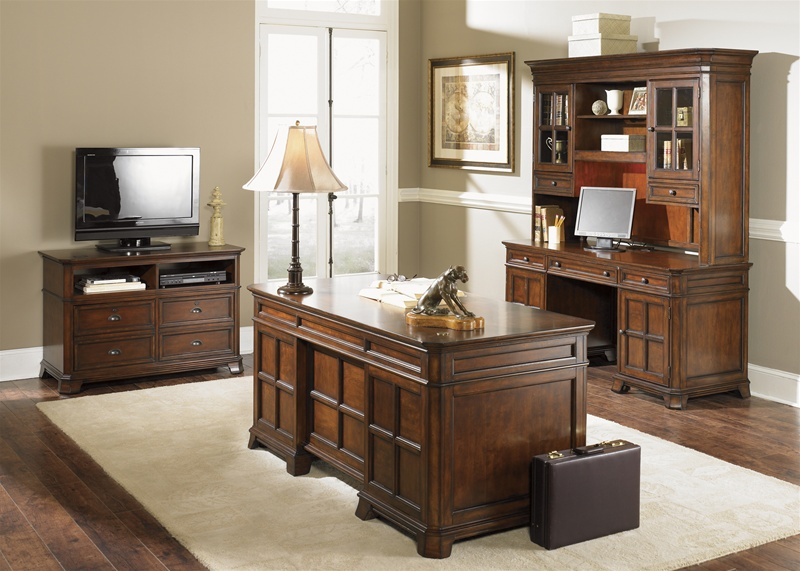 Remington Jr Executive Desk In Brown Whiskey Finish By