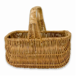 Poland is famous for hand made willow baskets.  This is a tradition in areas of the country where willow grows wild and is very much a village and family industry.  Beautifully crafted and sturdy, these baskets can last a generation.  Perfect for Easter,