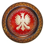 This beautiful plate is made of seasoned Linden wood, from the Tatra Mountain region of Poland. The skilled artisans of this region employ centuries old traditions and meticulous craftsmanship to create a finished product of uncompromising quality.