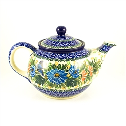 Beautiful teapot with a 30oz. capacity.