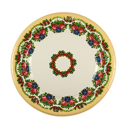 Polish paper plates are available in two sizes: