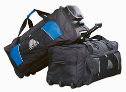 34 inch LARGE TRAINER WHEEL DUFFEL