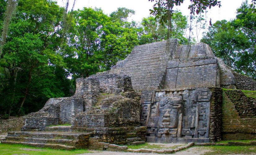 Lamanai Eco Adventure and Mayan Site with New River Ride in Belize