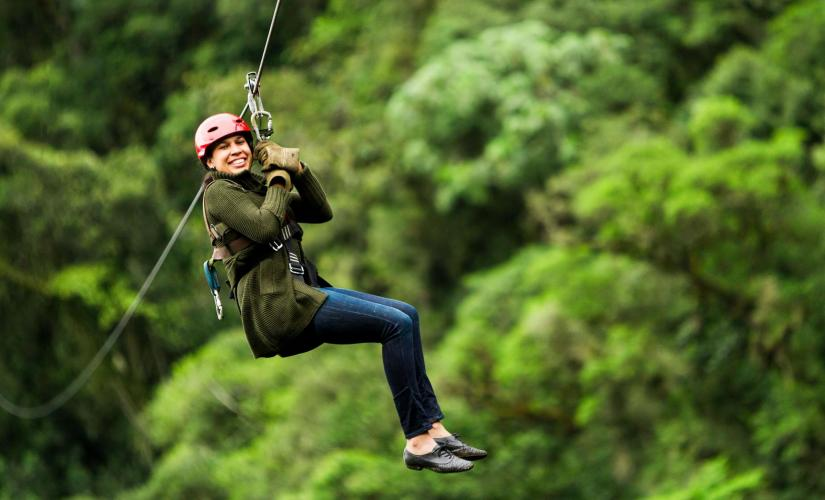 Canopy Zip and West Bay Beach Day Trip in Roatan