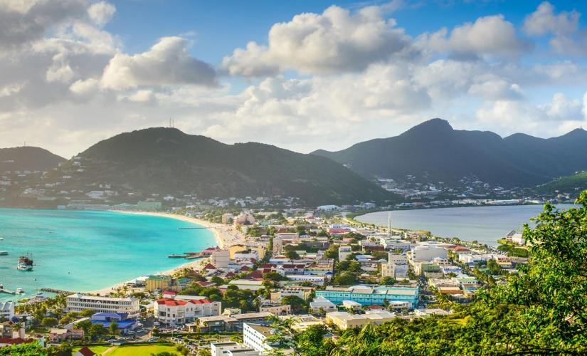 Private Two Islands Tour and Beach Stop Tour in St. Maarten (Cole Bay and Belle Vue)