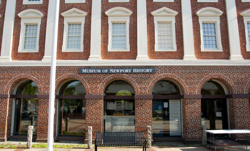 From Golden to Gilded Age Walking Tour in Newport (Museum of Newport History, Old Quarter)