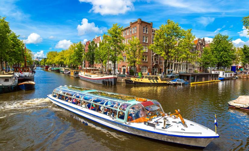24 Hour Canal Bus and Heineken Brewery Tour in Amsterdam (Hermitage Museum)
