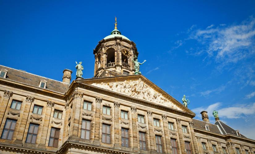 Amsterdam Walking Tour (Nieuwe Kerk, the Red Light District)