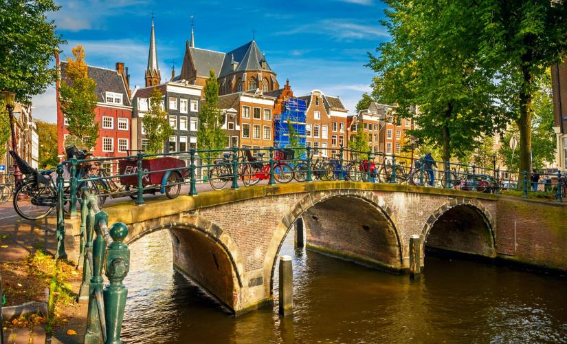 Photo of Guided City Tour and Canal Cruise