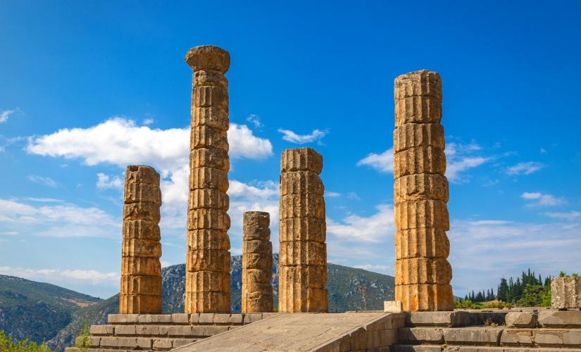 Ancient Delphi Tour from Athens (Livadeia and Arachova, Temple of Apollo)