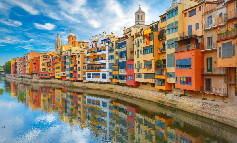 Exclusive Girona and Costa Brava Day Trip from Barcelona (Onyar River, Calella de Palafrugell)