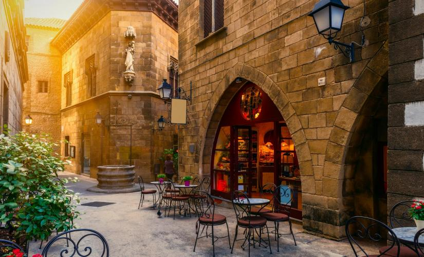 Barcelona Highlights and Spanish Village Tour (Villa Olimpica, Poble Espanyol)