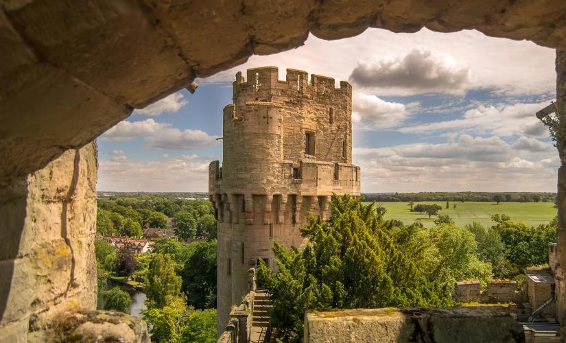 Stratford, Oxford, Warwick Castle and Cotswolds Tour (Madame Tussauds, Holy Trinity Church)