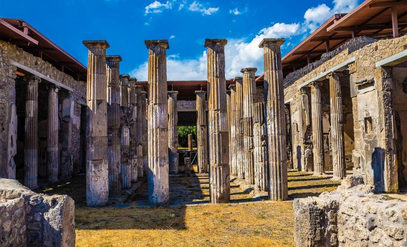 Private Fascinating Herculaneum and Pompeii Tour from Naples