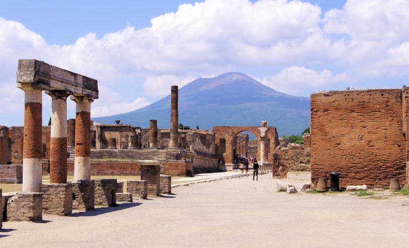 Private Mount Vesuvius Hike and Pompeii Tour from Naples (Bay of Naples, Sea Gate)