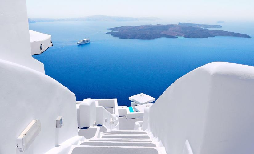 Private Group Gourmet and Gastronomy Tour in Santorini (Fira Town)