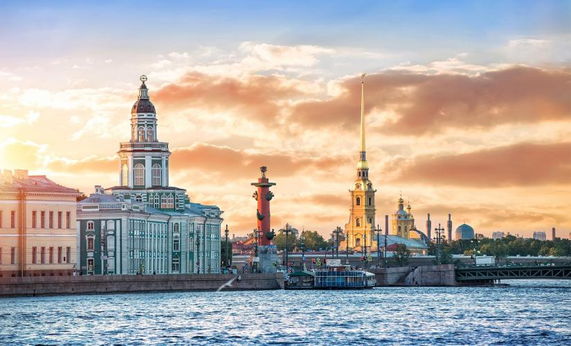 Private City Highlights and Peter & Paul Fortress Tour in St. Petersburg