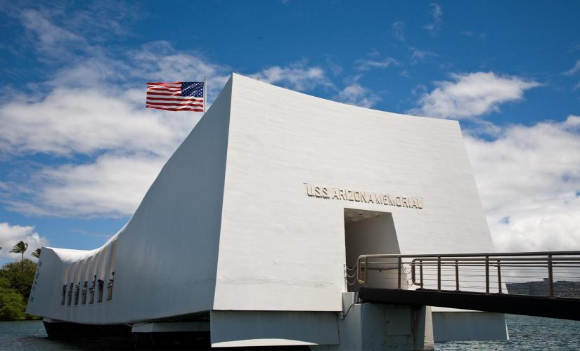 Pearl Harbor and Honolulu City Disembarkation Tour from Oahu