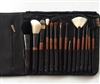15 Brush Set - apply your makeup like a pro