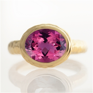 Hammered Oval Bezel Ring Pink Tourmaline