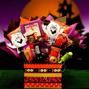 Boo Mania Halloween Bouquet - Let our little ghosts keep your little goblins in sweet treats this Halloween.