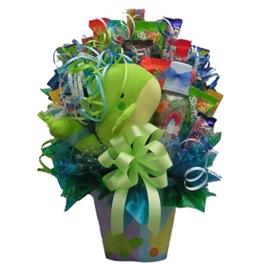 Send this wonderful candy bouquet to celebrate their new bundle of joy.