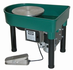 "Skutt ""Classic"" Electric Potters Wheel 1/3 hp, Built-in Pan"