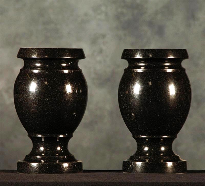 India Black Granite Monument Vase