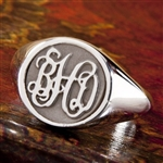 Women's Circle Monogram Ring, One Tone in Script Style
