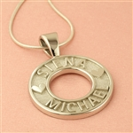 Gianni Wreath Name Pendant, One Tone 24mm