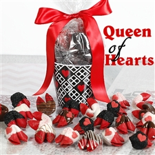 Need to show your sweetheart they are the queen of your heart? Look no further than this sweet valentine cookie gift.