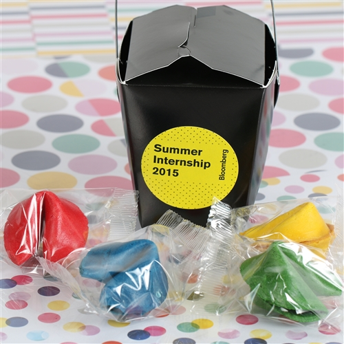 Choose your colored fortune cookies and send us your artwork. We will take care of the rest! 4 custom fortune cookies wrapped and in a custom chinese takeout box for your company or event.