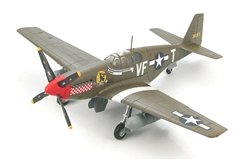 "USAAF North American P-51B Mustang Fighter - VF-T ""Shangri La"", Captain Don Gentile, 336th Fighter Squadron, 4th Fighter Group"