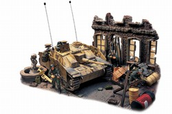 German Sturmgeschutz III Ausf. G Assault Gun with Skirts in Diorama - StuG Brigade 341, Anzio, Italy, 1944
