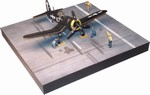 Carrier Deck Set - USN F4U-1D Corsair, Figures and Diorama Base - Roger Hedrick, VF-17 Jolly Rogers