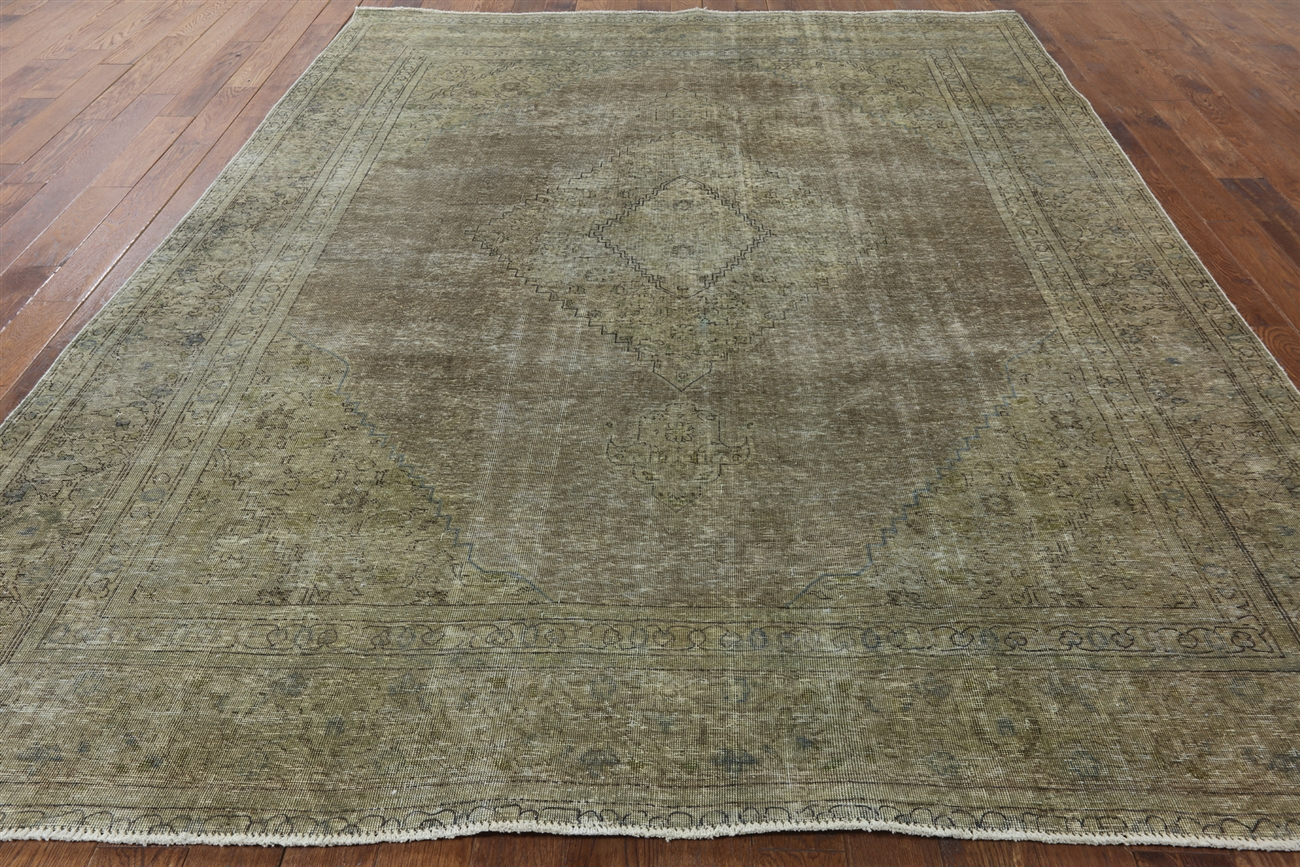 New 9u0027x11u0027 Oriental Floral Olive Green Overdyed Hand Knotted Wool  Area Rug H8647
