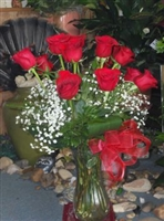 Best in the Business Elegant Long Stem Red Roses