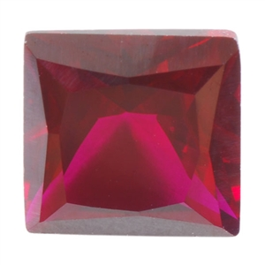 Lab Ruby Dark: Square 4x4mm - Pak of 2