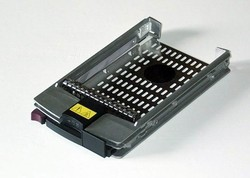 Original HP 313370-006 caddy / tray  for mounting SCSI HDD in: CL-1850, BL20p G2, BL20p G3, BL25p, BL40p, BL45p, BL60p, DL360 G3, DL360 G4, DL380 G3, DL380 G4, DL560, DL580 G2, DL580 G3, DL585, DL740, DL760 G2, ML310 G2, ML310 G3, ML330 G3, ML350 G3, ML3