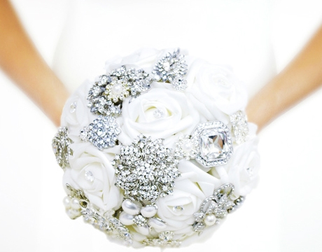 Brooch Wedding Bouquet - Roses and Jewels Amazing Brooch Silk Flower Bouquet