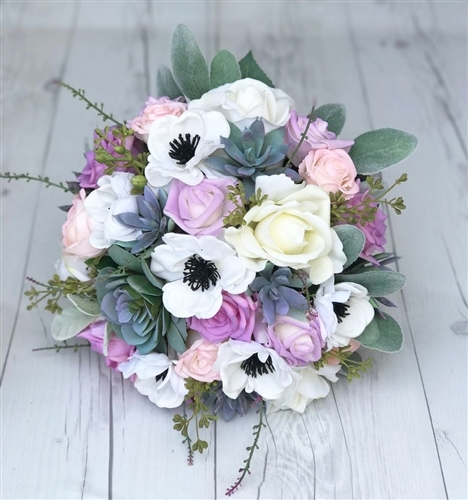 Natural Touch Roses and Lilac Bouquet