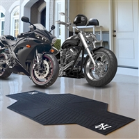 New York Yankees MLB Motorcycle Mat (82.5in L x 42in W)