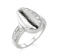 Sade Diamond Shell Ring in 14k white gold