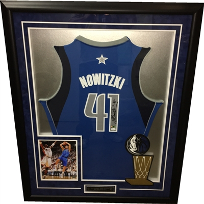 Dirk Nowitzki Signed Mavericks Jersey